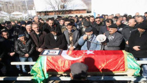 Adana'daki kazada hayatını kaybeden Savcı Kaya Yozgat'ta toprağa verildi