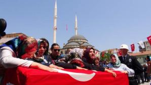 Şehit polis Doğan, dualarla son yolculuğuna uğurlandı