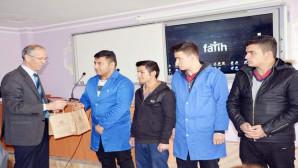 Yozgat Milli Eğitim Müdürü Kuş'tan başarılı öğrencilere ziyaret