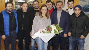 Gazeteciler Hanımeli Gözlemenin kahvaltısında bir araya geldi