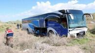 Yolcu otobüsü tarlaya daldı: 10 yaralı