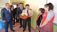 Albay Yeşilyurt, Cumhuriyet Ortaokulu öğrencilerine başarılar diledi