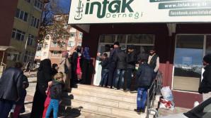 İnfak Derneğinden 450 aileye soba ve battaniye yardımı