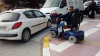 Engelli vatandaş hatalı park yüzünden zor anlar yaşadı