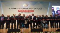 Akgül, Bakan Bülent Tüfenkçi'den ödül aldı