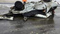Otomobil, karşı şeride geçerek yolcu otobüsüyle çarpıştı: 2 ölü