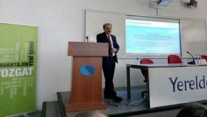 Vali Yurtnaç, üniversite öğrencilerine 'yeni nesil bürokrasi'yi anlattı
