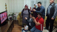 Şampiyonunun ailesi heyecanlarını televizyonda yaşadı