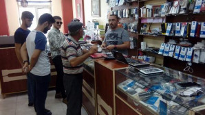 Doların yükselmesi telefon tamircilerinin iş yoğunluğunu artırdı