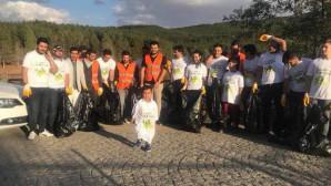 Sosyal Sorumluluk Projesi kapsamında çamlığı temizlediler