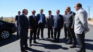 Sarıkaya'da asfaltı atılan 8,5 kilometre yol trafiğe açıldı