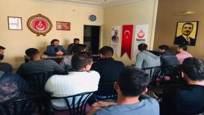 Alperenler'den üniversite öğrencilere eğitim semineri