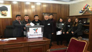 AYÇ Okulları yılın En'leri oylamasına Sarıkaya ve Sorgun'da devam etti