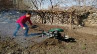 Hava sıcaklıklarının artmasıyla bağ ve bahçe işleri başladı