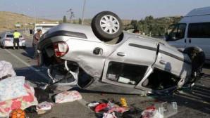 Düğüne giden aile kaza yaptı: 5 yaralı