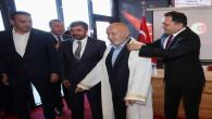 50 yıllık berber Eraslan Yılın Ahisi seçildi