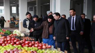 Vali Çakır, Pazarcı esnafın toplu duasına eşlik etti