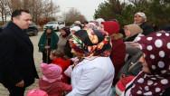 Vali Çakır, köy ziyaretlerini sürdürüyor