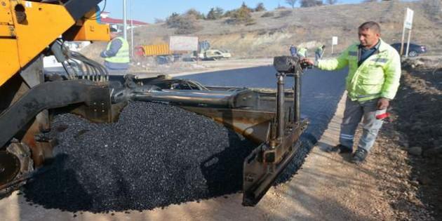 Çapanoğlu Mahallesinde yollar sıcak asfaltla buluştu