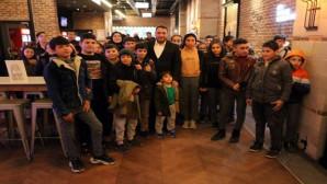 Başkan Ekinci, öğrencileri sinema ile ödüllendirdi