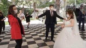 Düğün, nişan gibi etkinliklere Kovid-19 yasağı