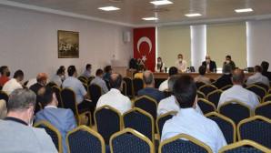 Yazıcı, okul müdürleri ile eğitime hazırlık toplantısı yaptı