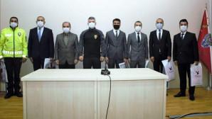 İl Emniyet Müdürü Esertürk, 6 personelini ödüllendirdi