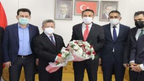 AK Parti İl Başkanlığında Başer dönemi resmen başladı