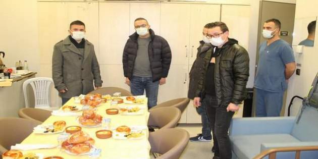 Sağlık çalışanlarına moral kahvaltısı