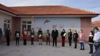 Etkileşimli Kitaplar Köylerdeki öğrencilere ulaştırıldı
