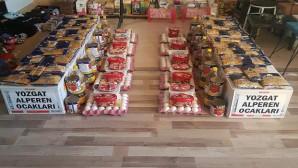 Alperen Ocaklarından dar gelirli ailelere gıda paketi