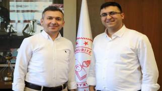 Yozgat'ta başarılara imza atan iki isim şimdi Isparta'da Türkiye gündeminde
