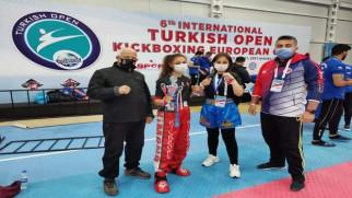 Turnuvaya Yozgat Belediyesi Bozokspor damgası