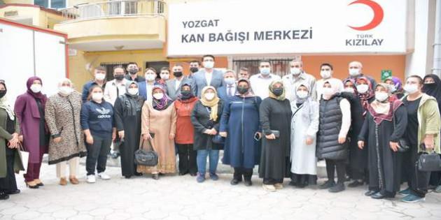 AK Parti İl Başkanlığından Kızılay'a kan bağışı
