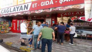 Market ve kasaplarda kurban etini kıyma çektirme yoğunluğu