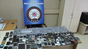 Yozgat'ta 179 adet kaçak cep telefonu ele geçirildi