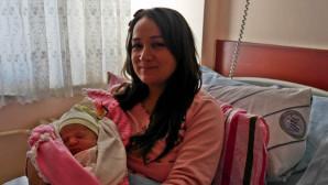 Yozgat'ta yılın ilk bebeği Gökçe oldu
