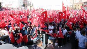 Demokrasi ve Şehitler Mitinginde binlerce Yozgatlı Meydanı doldurdu