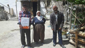 Aydoğan Köyü Derneği'nden kendi köy sakinlerine ramazan paketi
