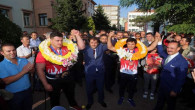Dünya şampiyonları Yozgat'ta coşkuyla karşılandı