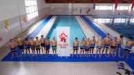 Çocuklar, Okul Destek Projesi kapsamında havuz keyfi yaptı