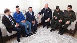 Vali Yurtnaç'tan Afrin kahramanlarına geçmiş olsun ziyareti