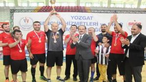 Futsal Turnuvasının şampiyonu Cumhuriyet Ortaokulu