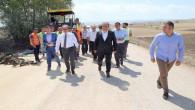 Vali Yurtnaç: Köy yolları sıcak asfalt yapım çalışması hızla devam ediyor