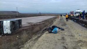 Yozgat'ta yolcu Otobüsü devrildi:1 ölü, 18 yaralı