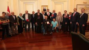 Kıbrıs Gazilerine Madalya Beratı verildi