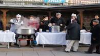 Başkan Köse'den sabah namazında cami cemaatine çorba ikramı