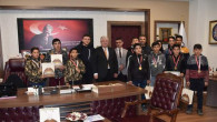 Şampiyonlardan İl Milli Eğitim Müdürü Yazıcı'ya ziyaret