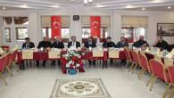 Vali Çakır, gazetecilerle bir araya geldi