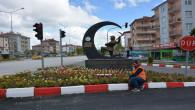 Sorgun'da cadde ve sokaklar rengarenk çiçeklerde donatıldı